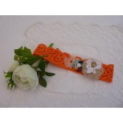 Bandeaux dentelle élastique orange – fleur cœur de perle – fleur ruban doré, guipure et bouton doré – cabochon poupée chinoise