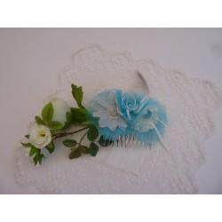Peigne de cérémonie – fleur orgnza turquoise et dentelle - tulle - plume
