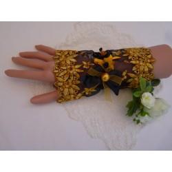 Manchette dentelle de tulle noire fleurie en dégradé de jaunes